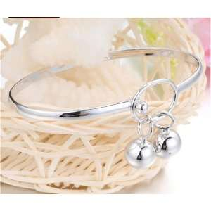 Gift for Girl Friend and Mom white Gold Polished Brancelet