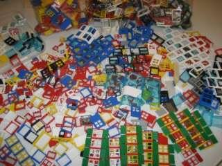 50 LEGO DOORS WINDOWS FENCES PIECES LOT house town city