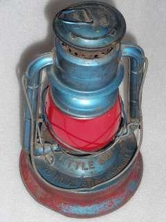 Vintage Dietz N.Y.U.S.A. Little Giant kerosene lantern 70 Hour Fount