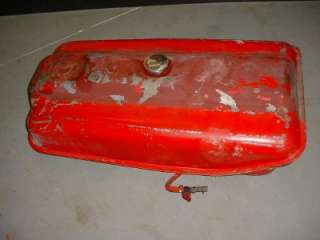 600 800 SERIES FORD TRACTOR FUEL TANK FORD NAA 641 601 860 801
