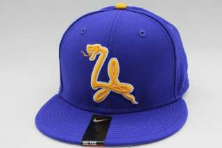 Nike TRUE Kobe Bryant Black Mamba 24 Lakers Team Color Snapback Hat