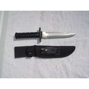 STYLE COMBAT FIGHTING KNIFE W/SURVIVAL KIT BLK Sports & Outdoors