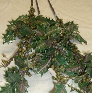 Long Stem Green Berry w/leaves Silk flower/Flowers 7218