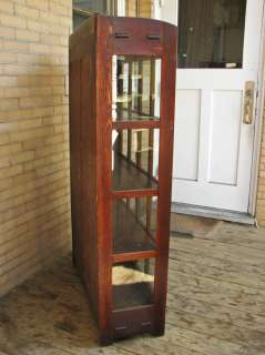 GOOD Antique GUSTAV STICKLEY China Cabinet ff55