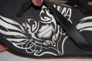 CUTE HARLEY DAVIDSON Womens black flip flops. Wedge heel about 2