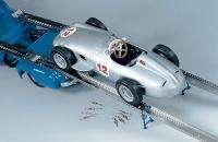 CMC 1/18 1954 Mercedes Benz racing car transporter