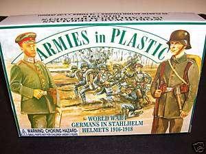 ARMIES IN PLASTIC 1/32 WWI GERMANS IN STAHLHELM HELMETS