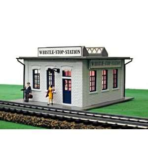 Model Power 562 HO Scale Whistle Stop Station Buidling Kit  Toys