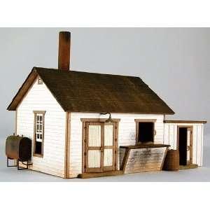 HO Pump House #1 Laser Cu Archiecural Card Ki oys & Games