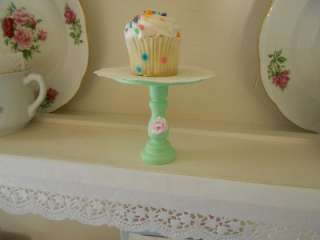 Shabby simply sweet Chic mint green Ashwell pink rose wood cupcake