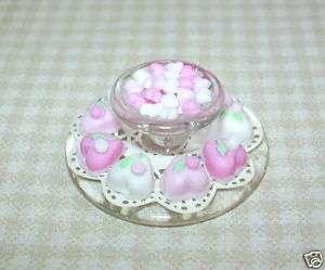 Lolas Hearts Cake/Candy Plate #2 DOLLHOUSE Miniatures