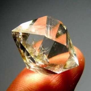 grade Water Clean Diamond Quartz Crystal Point dqsc9ie1361