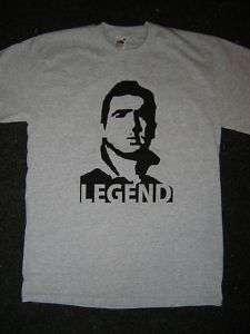 Manchester United. ERIC CANTONA. LEGEND. T shirt. Grey