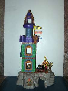2001~Fisher Price ~ IMAGINEXT ~ Wizards Tower Castle with Sounds and