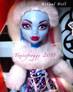 MoNsTeR HiGh AbBeY BoMiNaBle DoLl In StOcK BoXeD NeW* |