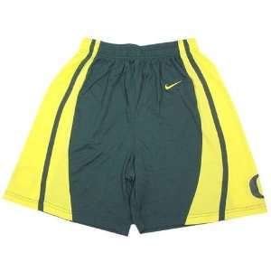 Nike Oregon Ducks Green Replica Basketball Shorts: Sports