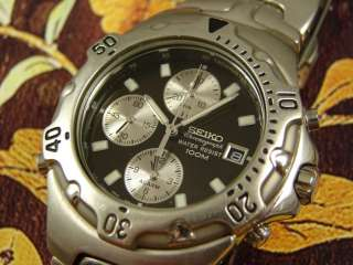 BEEFY SEIKO STEEL DIVERS BLACK DIAL MENS CHRONOGRAPH ALARM WATCH LOOKS